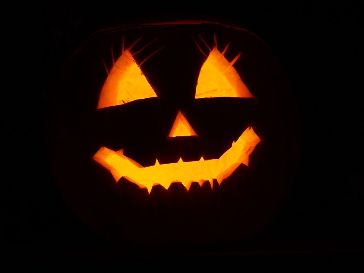 Halloween-1200x901.jpg